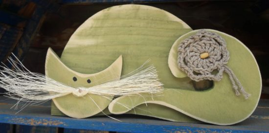 drewniany kot na ścianę Bonifacy oliwka