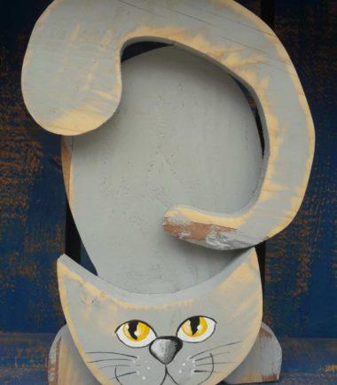 drewniany kot Filemon szaro żółty