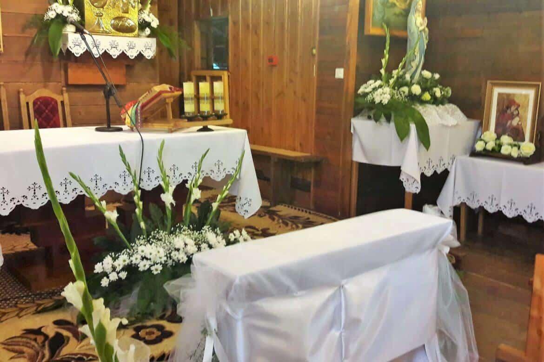 Śluby wystrój ołtarza- cerkiew w Równi