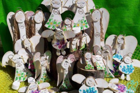 drewniane aniołki komunijne pamiątka komunii świętej